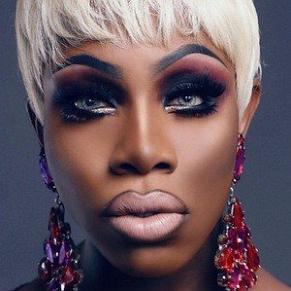 Monet x Change profile photo