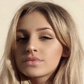 Madi Monroe profile photo