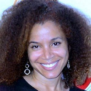 Mari Morrow profile photo
