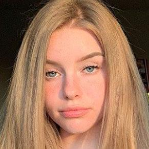 Naomiskyex profile photo