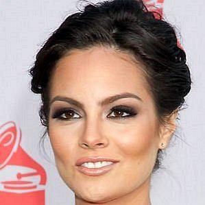 who is Ximena Navarrete dating