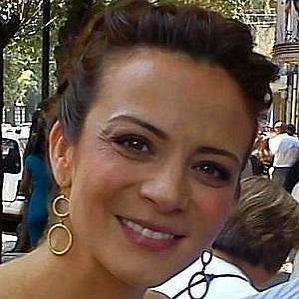 who is Silvia Navarro dating