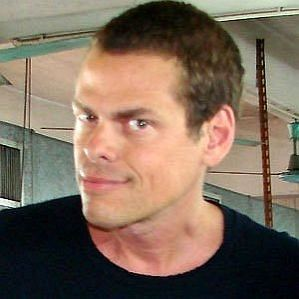 Vince Offer profile photo