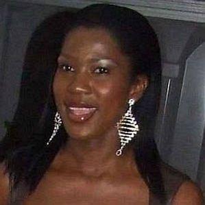 who is Stephanie Okereke dating