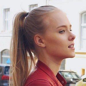 Mandi Olivias profile photo