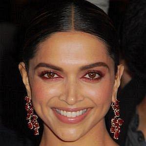 who is Deepika Padukone dating