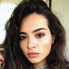who is Melisa Asli Pamuk dating