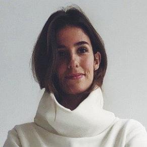 Caroline Perrineau profile photo