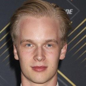 Elias Pettersson profile photo