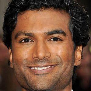 who is Sendhil Ramamurthy dating