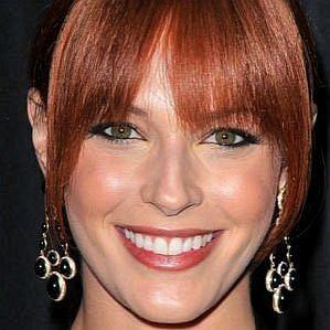 who is Amanda Righetti dating
