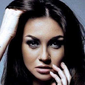 who is Kristina Romanova dating