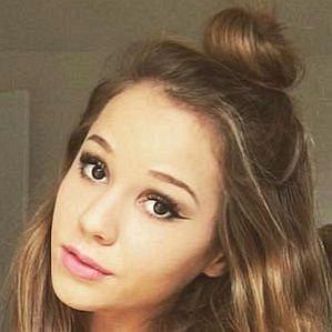 Elizabeth Root profile photo
