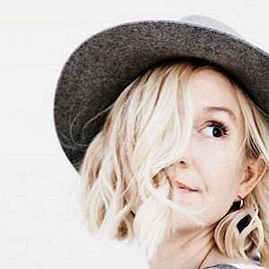 Anne Sage profile photo