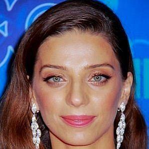 Angela Sarafyan profile photo