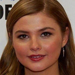 Stefanie Scott profile photo