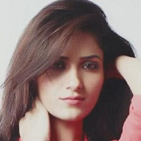 Ruhani Sharma profile photo