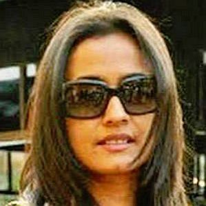 who is Namrata Shirodkar dating