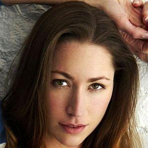 Tara Stiles profile photo