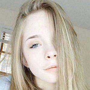 Emi Sturman profile photo