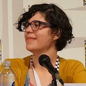 who is Rebecca Sugar dating