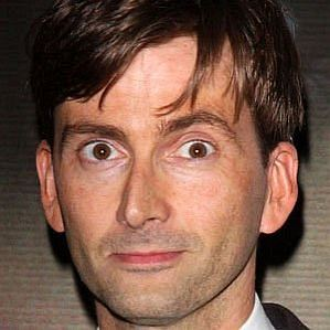 who is David Tennant dating