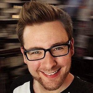 TomSka profile photo