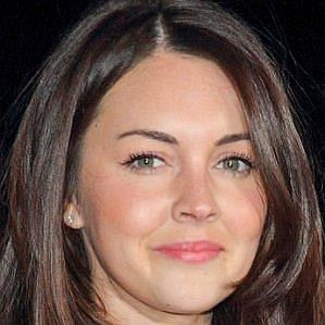 who is Lacey Turner dating