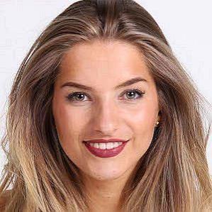 Julia Van Bergen profile photo