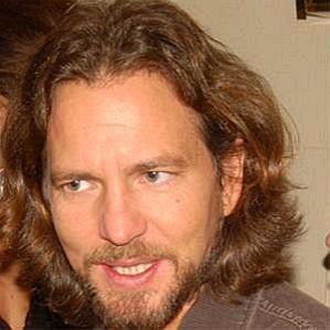 who is Eddie Vedder dating