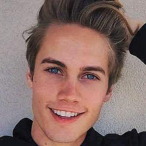 who is Neels Visser dating