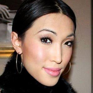 Julie Vu profile photo