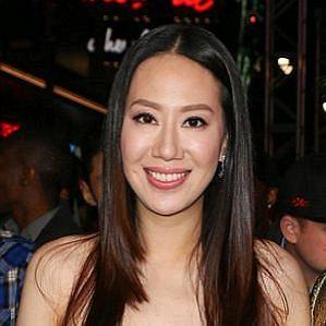 Donnie Yen Wife