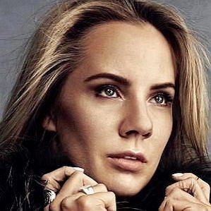 Ina Wroldsen profile photo