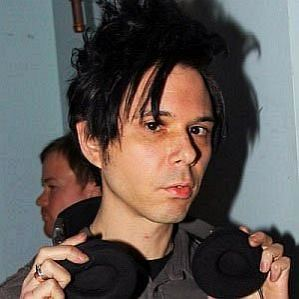 Nick Zinner profile photo