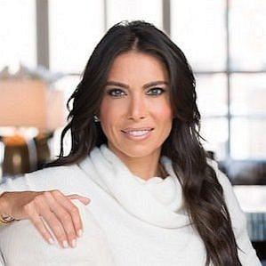 Tanya Zuckerbrot profile photo